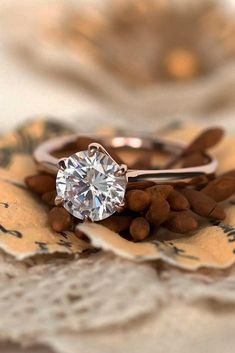 21 Rose Gold Engagement Rings By Famous Jewelers | Oh So Perfect Proposal