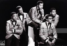 Photo of TEMPTATIONS and Paul WILLIAMS and Eddie KENDRICKS and Melvin FRANKLIN and David RUFFIN and Otis WILLIAMS; Posed studio group portrait L-R Paul Williams, Eddie Kendricks, Melvin Franklin, David Ruffin and Otis Williams