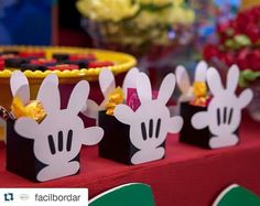 Más Festa Mickey Baby, Theme Mickey, Fiesta Mickey Mouse, Mickey Mouse Bday, Mickey Mouse Baby Shower, Mickey Mouse Clubhouse Birthday, Mickey Mouse Parties, Mickey Party, Mickey Mouse And Friends