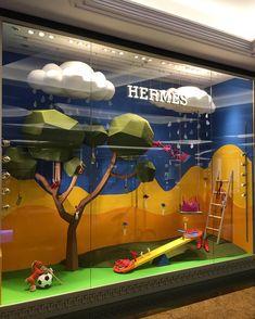 Sundaybest shop window kids backdrops, 2019 window display design, hermes w Hermes Window, Store Windows, Retail Windows, Window Display Design, Education Architecture, Kids Store, Retail Design, Visual Merchandising, Shops