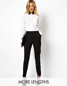 Zwart-witte outfit voor op kantoor (ASOS High Waist Trousers with Zips) Fashion Mode, Office Fashion, Work Fashion, Fashion Outfits, Business Casual Outfits, Business Attire, Office Outfits, Trousers Women, Pants For Women