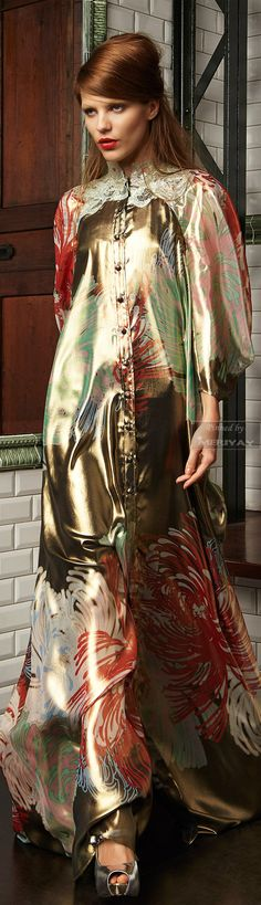 Talbot Runhof Resort 2015.. So love to wear this at home after a long hard day. TG