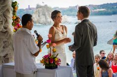 Destination Wedding at Dreams Huatulco Mexico by Applehead Studio Photography - Full Post: http://www.brideswithoutborders.com/inspiration/amazing-week-long-destination-wedding-in-mexico-by-applehead-studio