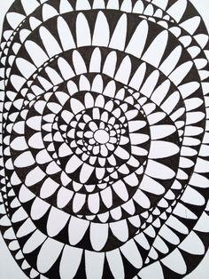 #tvmdndt 5 Verdeel je vel in vlakken en vul deze in met zentagle patronen.