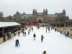 *Skating in front of #Rijksmuseum #Amsterdam.