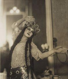 "Tamara Karsavina,as Queen Shemakhan in ""Le Coq d'Or"", circa 1914."