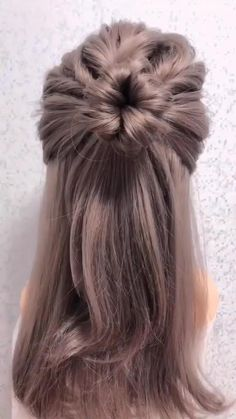 Bun Hairstyles For Long Hair, Fast Hairstyles, Weave Hairstyles, Hairstyles Videos, Office Hairstyles, Anime Hairstyles, Stylish Hairstyles, Flower Hairstyles, Simple Bun Hairstyle