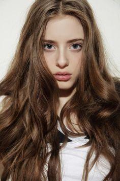 Ideas Hair Brown Pale Skin - All For Hair Color Trending Ombre Hair Color, Hair Color For Black Hair, Blonde Color, Purple Hair, Brown Hair, Brown Eyes, Blue Eyes, Black Hair Pale Skin, Pastel Purple