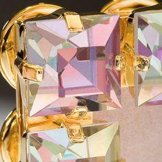 O efeito furtacor... Veja mais em http://blogbr.preciosa.com/tendencias