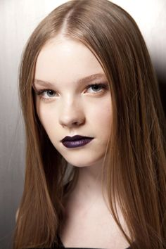 f/w 12 dark lip trend Makeup Trends, Beauty Trends, Makeup Inspo, Beauty Makeup, Face Makeup, Hair Beauty, Plum Lips, Dark Lips, Wine Lips