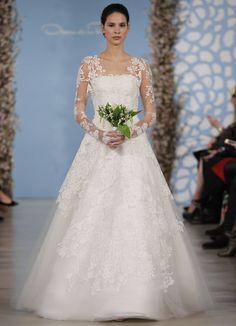 Cakes Easton Events Best Wedding Dress Ever Oscar De La A Bridal Market 2017 Lyon Chantilly Lace Tulle Straple