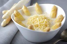 Zupa szparagowa z makaronem krajanka