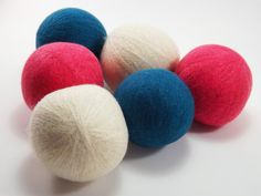 Felted Wool Dryer Balls  Felted Wool Laundry by JensTangledThreads #goteamflourish