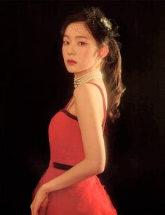 Discovered by Always_GG. Find images and videos about kpop, red velvet and irene on We Heart It - the app to get lost in what you love. Seulgi, Kpop Girl Groups, Kpop Girls, Red Velvet Irene, Soyeon, Cara Delevingne, Demi Lovato, Korean Beauty, Girl Crushes