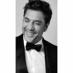 "477 Likes, 11 Comments - Javier Bardem Unofficial Site (@javierbardemunofficialwebsite) on Instagram: ""BTW-Javier looked fabulous in Ermenegildo Zegna couture! His tuxedo jacket was gorgeous!…"""