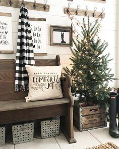 Modern Farmhouse Christmas Inspiration