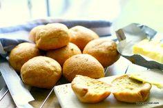 Svenske Boller (TH boller – Pofiberfrallor) Keto Bread, Bread Baking, Bread Pizza, Atkins, Healthy Baking, Healthy Recipes, A Food, Food And Drink, Gluten Free Buns