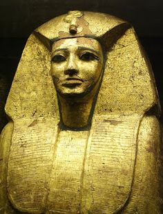 """The mummy bore the royal diadem, and the epigraph on the lid of the coffin declared the body which it contained to be that of """"Antef, king of the two Egypts. Ancient Egyptian Art, Ancient History, Art History, Mystery Of History, Egyptian Mummies, Egypt Art, Visit Egypt, Ancient Artifacts, Gods And Goddesses"""