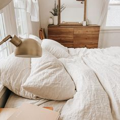 Our signature bedding set is an homage to our California hometown. Designed without a top sheet (because that's our favorite way to sleep), it has everything you need to upgrade your bed. Dream Bedroom, Home Bedroom, Bedroom Decor, Bedrooms, Parachute Home, Cute Room Ideas, First Apartment, Bedroom Inspo, Minimalist Home