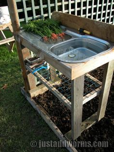 """recycle """"old"""" sinks to be used for an outdoor wash station. add some irrigation piping to have it drain elsewhere in your garden (greywater)."""