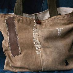 *recicla esos jeans y haz una bolsa o morral estilo Tote Bag