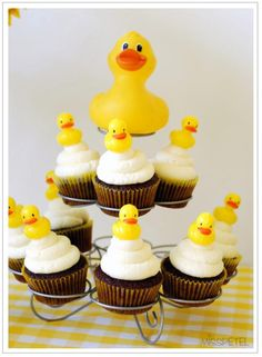 Yellow Ducky Birthday Party, Rubber Duck Party - Kara's Party Ideas - The Place for All Things Party Baby Shower Duck, Baby Shower Cakes, Baby Shower Parties, Rubber Ducky Party, Rubber Ducky Birthday, Ideas Bautizo, Duck Cookies, Duck Cupcakes, Cookie Pops