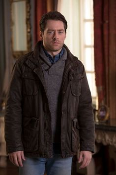 "Richard Rankin: ""I've been to riding schools, one outside Glasgow and one in London too. I'm keeping it up because it comes up time and time again. I want to be charging about on a horse with a sword in Game of Thrones or Outlander."