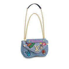 4e10715d2d80 516 Best B A G S images in 2019   Designer handbags, Leather craft ...