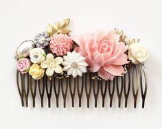 ピンクの髪のくしウェディングかぶとブライダル花くしブラッシュアイボリークリームホワイトゴールドリーフフラワーパステルロマンチックヴィンテージスタイルウッドランド