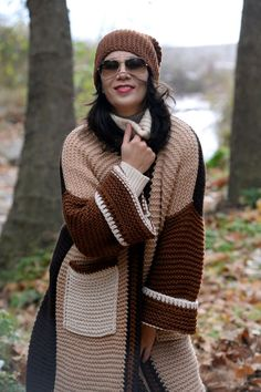 """Кардиганы ручной работы. Заказать Вязаный кардиган """"Прощание с Осенью"""". Кардиганы  Вязаные EvAnna. Ярмарка Мастеров. Вязаное пальто Knit Cardigan Pattern, Crochet Cardigan, Crochet Coat, Crochet Clothes, Knit Fashion, Sweater Fashion, Holiday Crochet Patterns, Angora Sweater, Crochet Crop Top"""