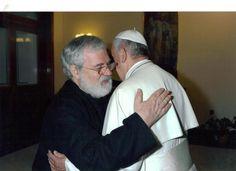 Descubriendo el Siglo XXI: 2014 Columnas del Padre Tomas Del Valle-Reyes