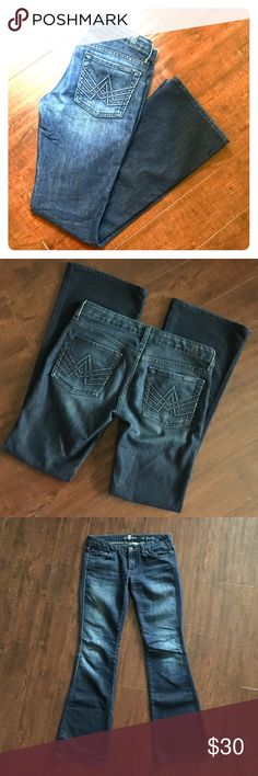 """7 for all Mankind Lexie A Pocket THE """"A"""" POCKET LEXIE PETITE  Dark indigo wash with stretch. Excellent condition. Barely worn. Inseam: 30.5""""  Waist: 31"""" 70% Cotton 28% Polyester 2% Lastol 7 For All Mankind Jeans Boot Cut"""