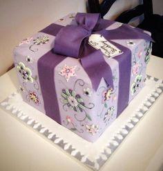 Present cake Purple cake