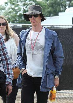 Benedict Cumberbatch at The Glastonbury Festival  http://pinterest.com/aggiedem/sherlock-addict/ http://pinterest.com/aggiedem/sherbatched-or-cumberlocked/