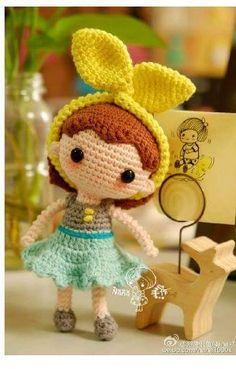 Encontrei este bichinhos de crochê no Facebook จุฑามาศ แสงงาม