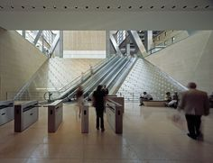 Ice Falls, made from cast glass blocks, inside Foster's Hearst Tower - By James Carpenter Design Associates