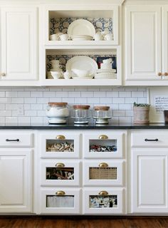 10 Well-Organized Kitchens