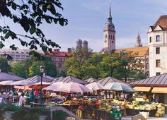 Viktualienmarkt, traditional market right in the middle of the city. A place to find all kinds of delicious food.