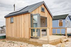 Ecologic Developments create beautifully crafted, custom-built, timber frame beach huts and beach houses.