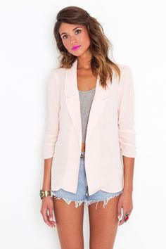 got to try this summer with my pink blazer and shorts Blazer And Shorts, Long Blazer, Ripped Shorts, Casual Blazer, Jean Shorts, Light Pink Blazers, Casual Outfits, Fashion Outfits, Girly Outfits