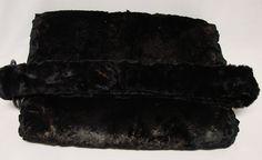 1800's Mink Fur Ladies Hand Muff With Strap. Excellent Condition! Hand Warmer