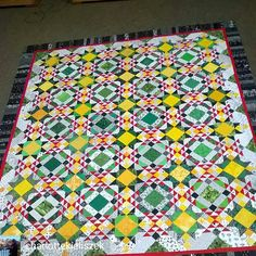 4:46 a.m. and I am awake due to the sound of trains in the distance. Checked in online to find this photo shared by Charlotte of her wonderful Allietare quilt, last year's winter mystery! Beautiful job, Charlotte I love your colors! . . @charlottekieliszek - Sunshine and Salsa, my version of @quiltville_bonnie's 2015 #MysteryQuilt. #allietarequilt #quiltville #quiltvillemystery2015 #quilt #quilting #patchwork #quiltville #bonniekhunter #quiltvillemystery #quiltsbyyou