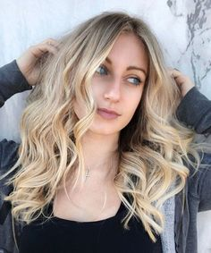 Fresh 7 Wavy Hairstyles for Long Faces to Look Romantic This Year Long Face Hairstyles, Latest Hairstyles, Hair Colour, Color, Fresh Hair, Long Faces, Long Layered Hair, Hair Lengths, Hair Trends