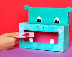 DIY hippo valentine box http://www2.fiskars.com/Crafting/Projects/Kids-Crafts/Educational/Hippo-Valentine-Box