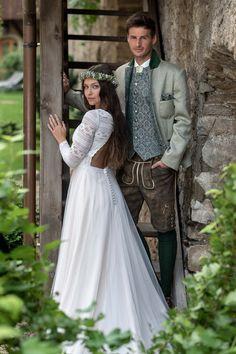 Bohemian Kleid und exklusive Hochzeitslederhose Wedding Dresses, Fashion, Trousers, Gowns, Bride Dresses, Moda, Bridal Gowns, Fashion Styles, Weeding Dresses