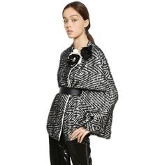 Lanvin Women Tweed Effect Silk Blend Knit Cape & Belt (199.745 RUB) ❤ liked on Polyvore featuring accessories, belts, snap belt, flower belt, jeweled belt, jewel belt and lanvin belt