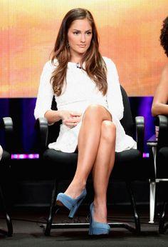 perfect shade of brown hair Minka Kelly. perfect shade of brown hair Brunette Actresses, Hot Actresses, Beautiful Actresses, Most Beautiful Faces, Gorgeous Women, Beautiful People, Minka Kelly Hair, Sublime Creature, Chloe Fashion