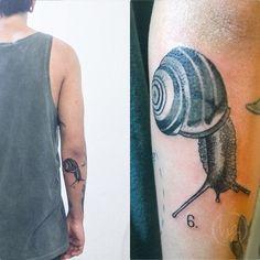 Agustin. Últimos dias tatuando en Viedma. Enero en Chile! Consultas por mp. #caracol #blackandgrey #snail #tattoo