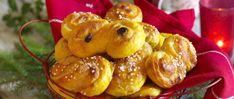 Ungersk gulaschsoppa med köttfärs recept | Allas Recept Muffin, Fruit, Breakfast, Food, Morning Coffee, Essen, Muffins, Meals, Cupcakes