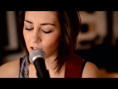 Cher Lloyd - Want U Back (Boyce Avenue feat. Hannah Trigwell acoustic co...